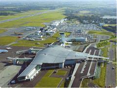 avion aeroport brest bretagne